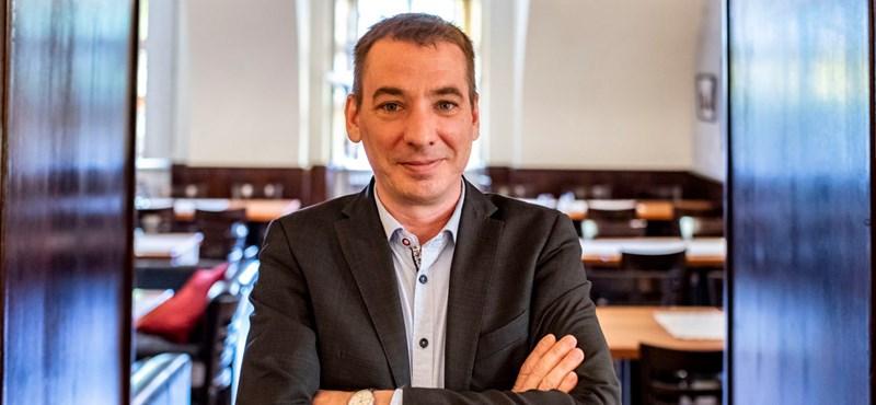 """""""10 éve vagyok ebben a szakmában, de még tudnak sokkolni"""" – mondta Jávor a Hír Tv riporterének"""