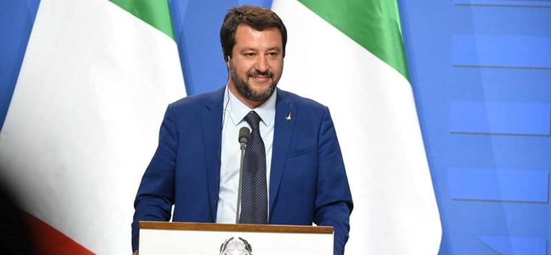 Salvini új ötlete: pénzbüntetést kap, aki megmenti egy migráns életét