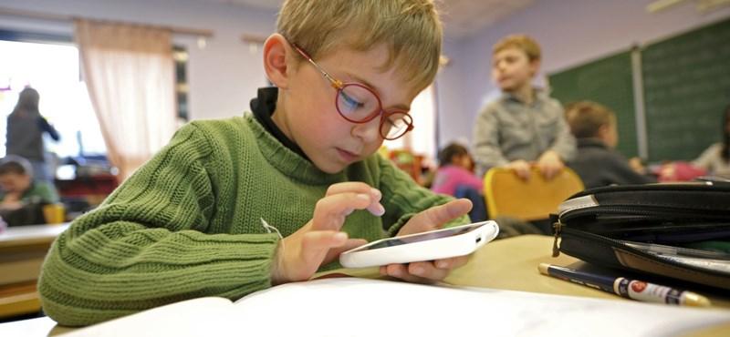 A bíróság egyetért Csömörrel: alaptörvény-ellenesnek tartja az iskolák államosítását