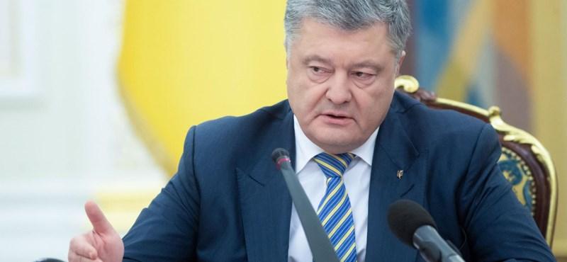 Verekedés tört ki, amikor Porosenko elment az Állami Nyomozó Irodába