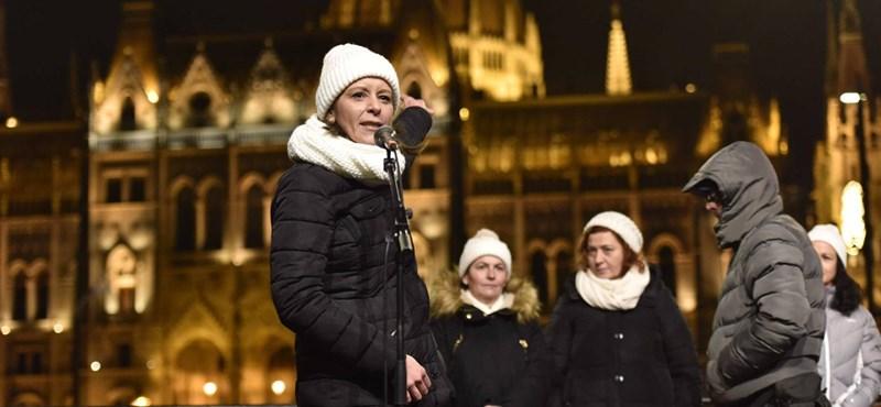 A Guardian rácsodálkozott a macsó magyar politikában felbukkanó nőkre