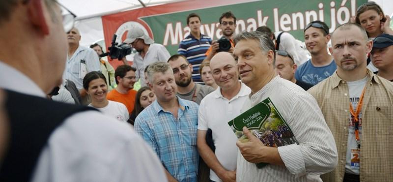 Transindex: Orbán megzsarolta az Erdélyi Magyar Néppártot