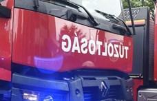 Tűz volt egy miskolci panelben, 80 embert kellett kimenekíteni