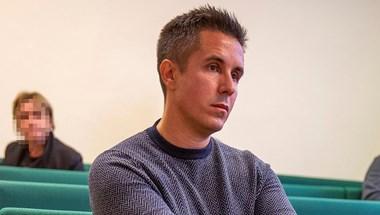 Nyomozás indult a Czeglédy Csabát állítólag követő autó ügyében