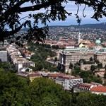 A budai Várba kerül a 100 millióval startoló Habsburg Ottó Alapítvány