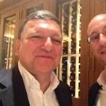 Obama után Barroso is szelfizett a Prezi vezetőjével