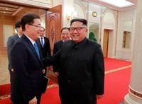 Rejtélyes fegyvertesztelést nézett végig Kim Dzsong Un