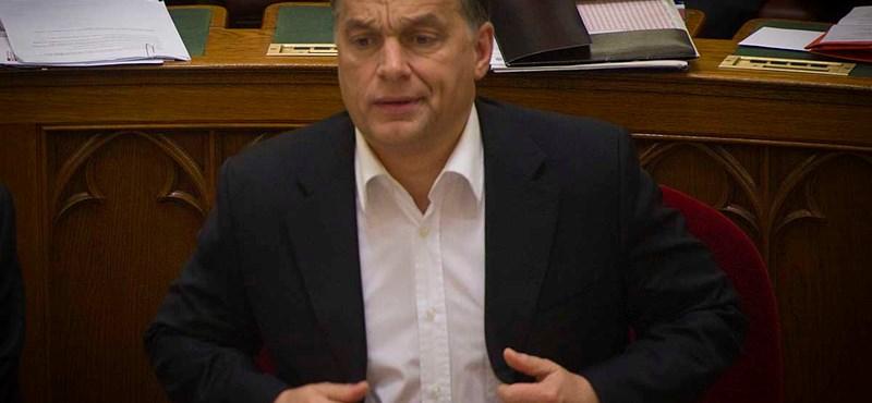 """Orbán: """"nincs napirenden a kormányátalakítás"""""""