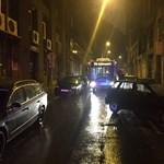 Fotó: Rosszul parkoló autó blokkolta hajnalban a 74-es trolit
