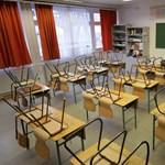 Vitte a Klebelsberg-központ az iskolai bútorokat? Vizsgálatot indítanak