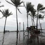 Több mint százan haltak meg egy trópusi viharban a Fülöp-szigeteken