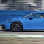 Magyarországon a szupersportos új Porsche 911 GT3
