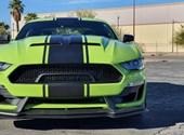 Vegasban meghajtottunk egy 825 lóerős Shelby Super Snake-et