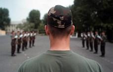 Még több katonaiskolát akar a kormány