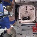 Landolt a Nemzetközi Űrállomáson a SpaceX űrhajója