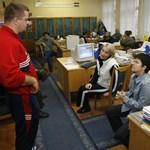 MSZP: több mint 130 pedagógus-álláshely szűnik meg a fővárosban