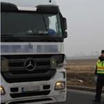 Lebuktak a kelet-európai kamionosok Dániában