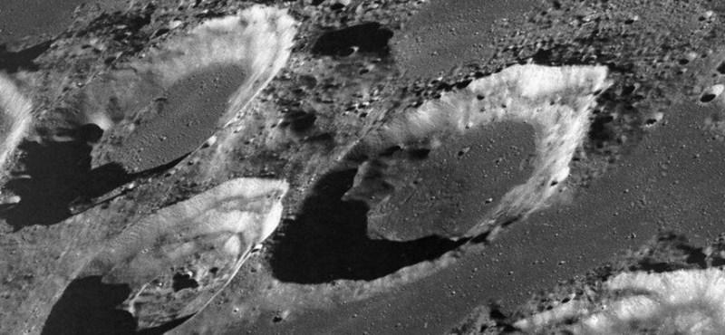 Különös dolgot fedeztek fel a Hold egyik krátere alatt
