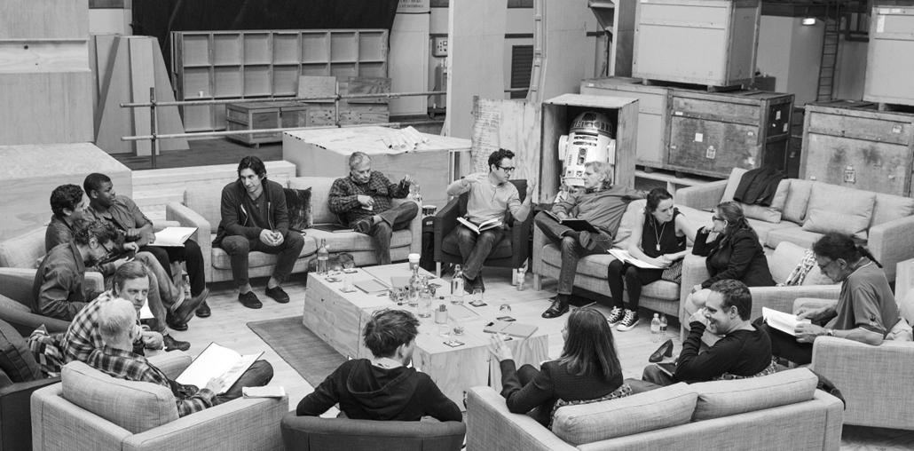 AP_! - A Lucasfilm által közreadott 2014. április 29-i kép az új Csillagok háborúja hetedik