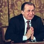 Emberiesség elleni bűncselekménnyel vádolják a volt román elnököt