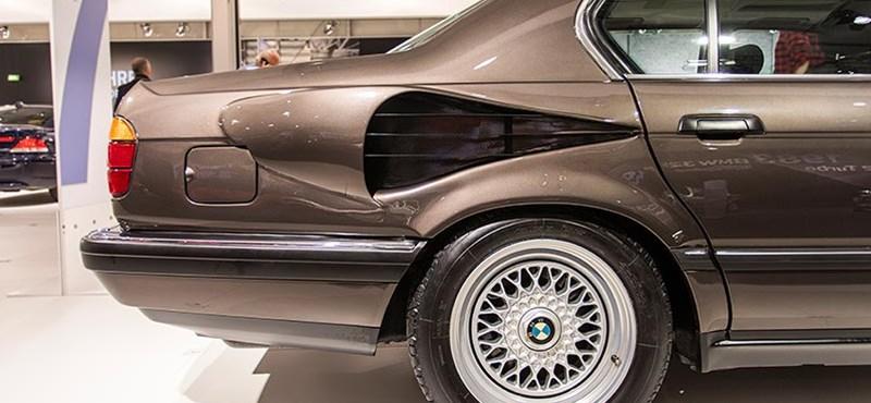 Unikum: Látta már a V16-os motorral szerelt 7-es BMW-t?