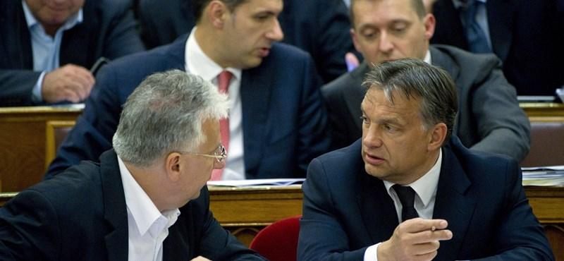 Dunát lehet rekeszteni romkocsmákban merengő állástalan diplomásokkal?