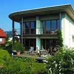 Földhő, napenergia: így működnek a passzív házak!
