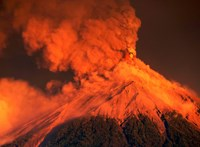 Elképesztő fotók jöttek a Guatemalában kitört vulkánról