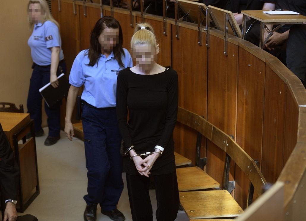 mti.14.05.22. - Rezesová-per - Másodfokon folytatódott a büntetőper - Varholiková Rezesová vádlott