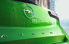 Az Opel villámos logója is hozzáidomul az új világhoz