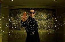 Egy ideális világban Keanu Reeves léggitározna a tiszteletére rendezett filmfesztiválon