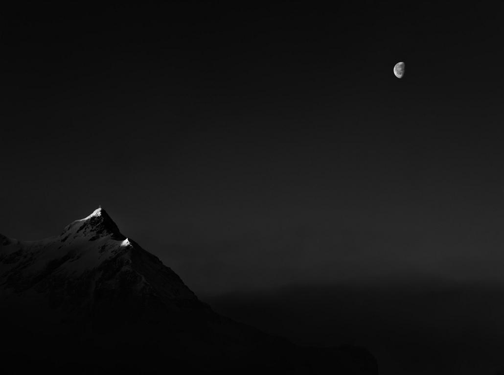 NE HASZNÁLD! - canon év természetfotósa, természetfotó, XII. Fekete-fehér természetfotók, 1. díj - Ébredő Nap, szunnyadó Hold -