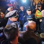 Hervadt tüntetések között a szemét lehet a legnagyobb húzás