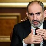 Pasinján: Ha Örményország nem írja alá a megállapodást, összeomlik a hadsereg