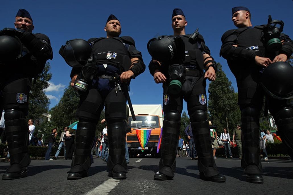 Rendőri biztosítás