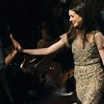 Anne Hathaway-t a hajvágás jobban megviselte, mint a koplalás