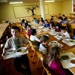 Napi 570 forintból kaptak enni a rászoruló gyerekek a nyáron