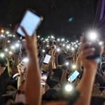 Nagyítás-galéria: Ezrek álltak ki az Indexért, a sajtószabadságért, a szabadságért