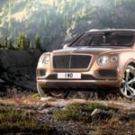 600 lóerőnél sokkal erősebb divatterepjárót készít a Bentley