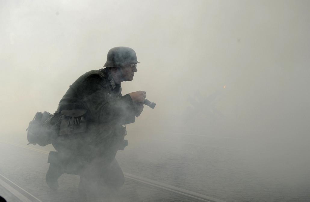 Pozsony, katonának öltözött, pozsony felszabadításának évfordulója, 2013.05.08.