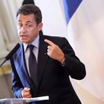 Illegális kampánypénzek elfogadásával vádolták meg Sarkozyt