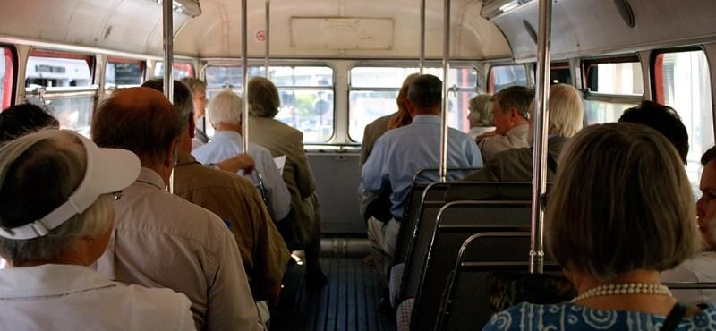 Tarlós a nyugdíjasok ingyenes közlekedését piszkálgatja
