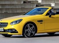 Rikító sárgán búcsúzik a Mercedes SLC