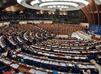 Félreérthetetlenül üzent Orbánnak is az Európa Tanács főtitkára