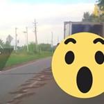 """Az oroszok az autóvontatásra is tudnak egy """"jobb"""" módszert – videó"""