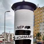 Újra akcióban a fideszes plakátkommandó