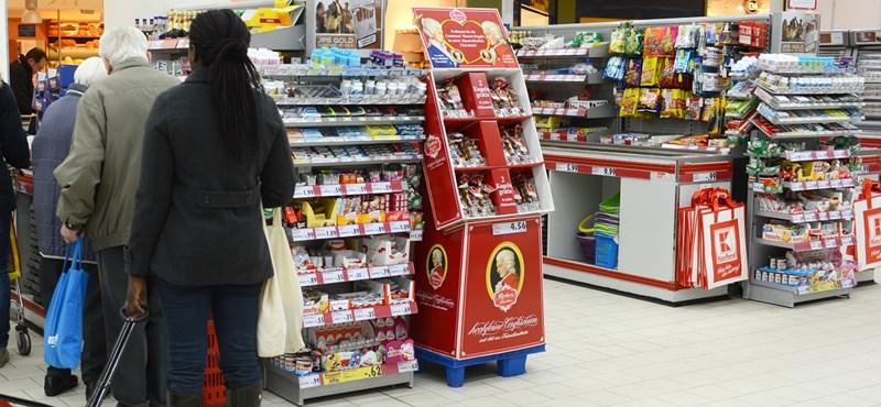 Nálunk bezárnak, Romániában bővítenek az élelmiszerláncok