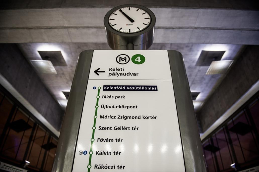 SA, 4-es metró, 4, metró, nagyítás