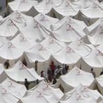 Közel kilencezer szíriai menekül az elnyomás elől Törökországba