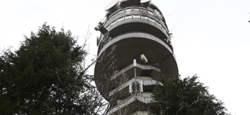 Egyszobás hotel lesz a prágai tévétoronyban